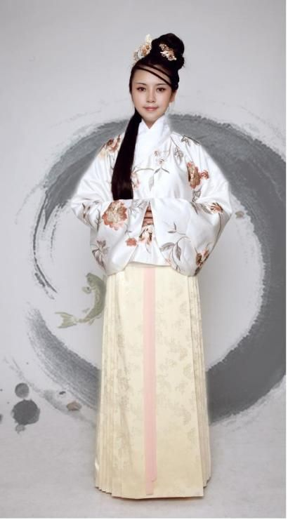 Hanfu – the traditional clothing of the Han majority representing over 91% of the Chinese population.