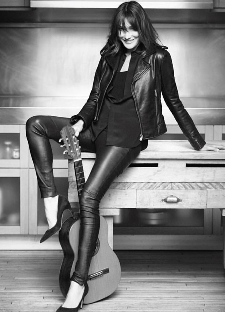 Pin på Leather leggings 1