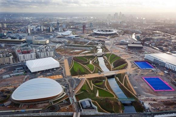 Olympia 2012: Das olympisches Dorf wo auf 73 Hektar 17.320 Betten untergebracht sind.