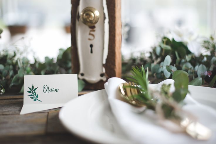 Unique place card and table setting | Place card with flare front | Wedding table setting | Door handle table number for hire from A Day to Remember Event Hire