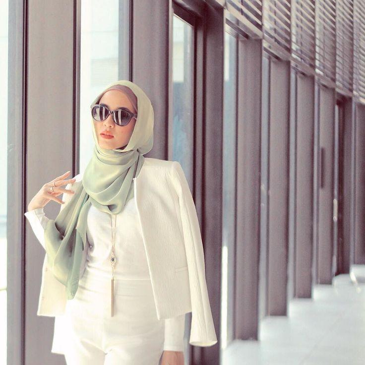 @galeriariani #BellaDallyshawl #hijab #fashion #hijabfashion by belladally
