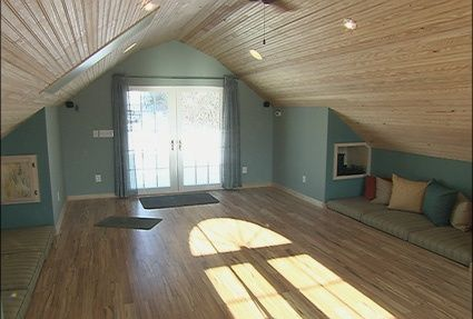 Dreaming of remodeling our attic! Finished Attic | Your Own Home Yoga Room | Dig This Design