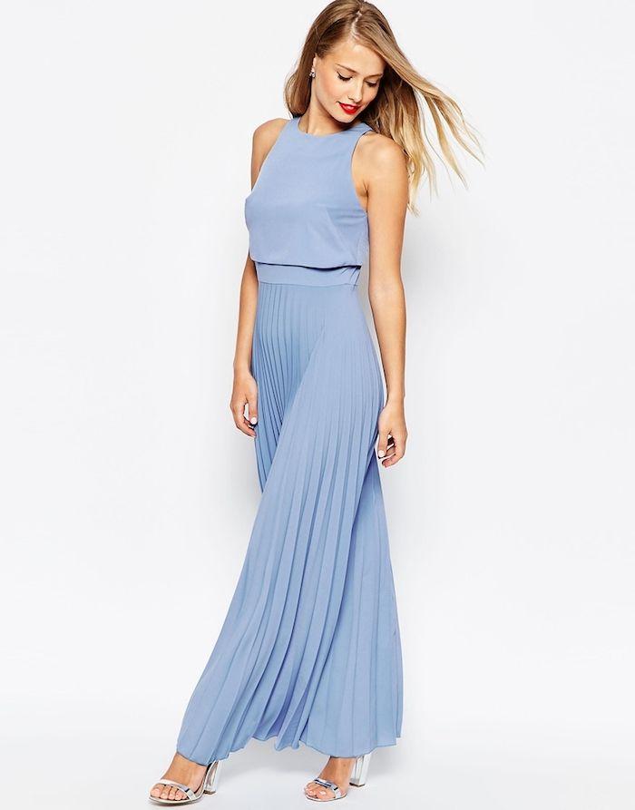 Kleider für Hochzeitsgäste - ein blaues Kleid mit Faltenrock und schöne Bluse