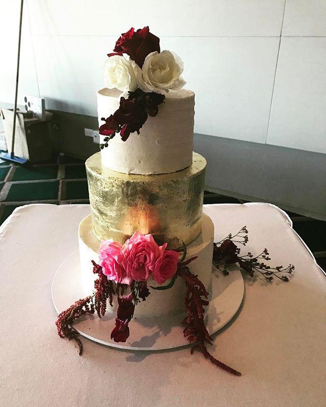 Ironbark hill vineyard wedding cakes
