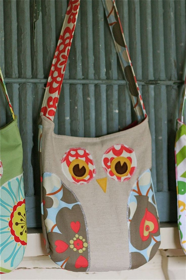 pattern for an owl bag and owl pillow.  I know some little girls who need these.