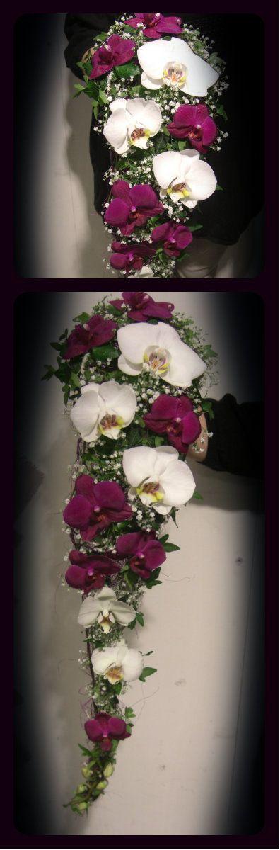 Lang dråpebukett med orchidèer og brudeslør.