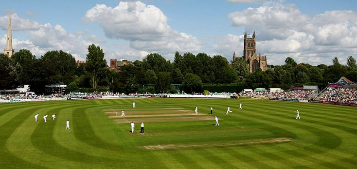 New Road, Worcester, England, has been the home cricket ground of Worcestershire County Cricket Club since 1896. Immediately to the northwest is a road called New Road, part of the A44, hence the name. The walk through town and across the river to the ground, the trees, the Cathedral, the lovely old white buildings - some of which survive, thank goodness, is breath-taking. It's also blissful county cricket.