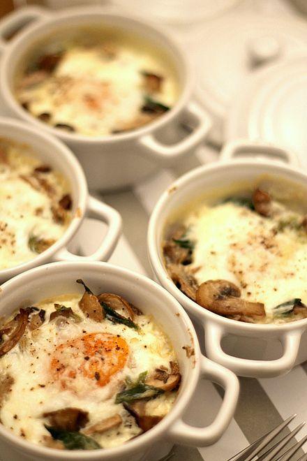 Huevos al horno con setas de Gordon Ramsay