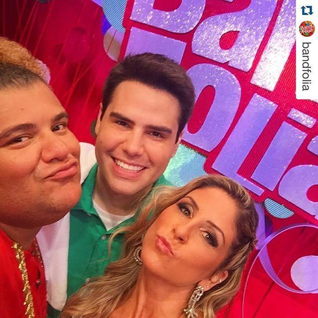 Make apresentadores Band Folia 2015 Patricia Maldonado e Luiz Bacci.