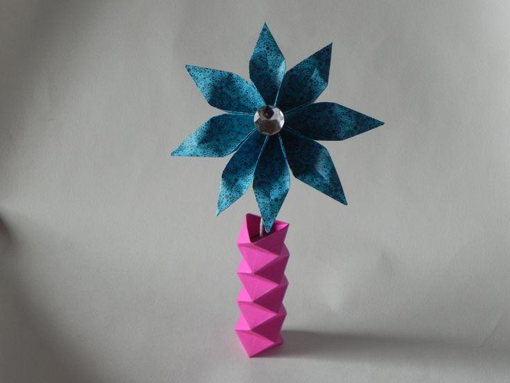 Se acerca el dia de la mujer, regala flores personalizadas en origami  www.origamistica.com llamanos