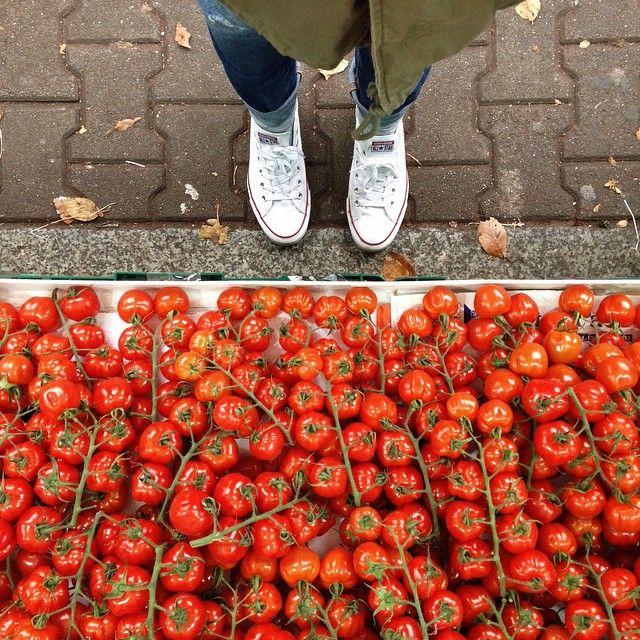 gorgeous farmers market tomatoes