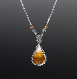 Silver Necklace with Agate by Coco Paniora Salinas