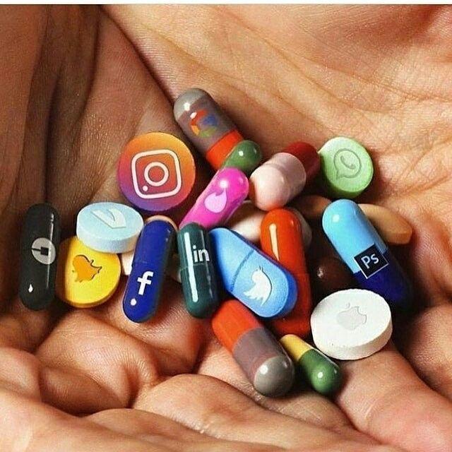 Yeeeeeeeeees #addicted #socialmedia Repin if you love social media.