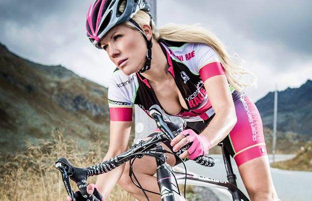 Sexy Cycling Calendar Swiss 2016, ya esta lista la nueva edición del sugerente calendario suizo