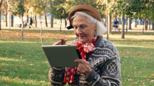 Τα παιχνίδια στον υπολογιστή βοηθούν ανθρώπους άνω των 50 ετών
