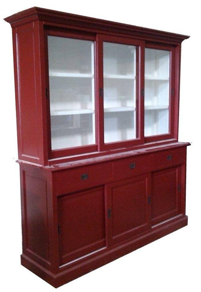 Buffetkastrood Horst 180cm sfeervolle buffetkast in het rood met witte binnenkant. Deze mooi rode kast heeft schuifdeuren met facetglas en laden met invallende handgrepen