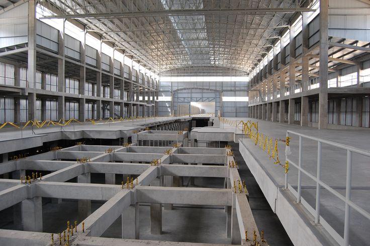 Planta de Vidrio Andin - Construcción de la línea Float para la planta. Año de construcción: 2009 Ciudad: Bogotá, Cundinamarca, Colombia. Cliente: Vidrio Andino S.A