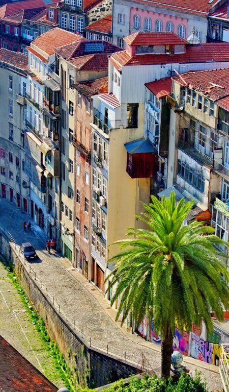Porto, Portugal (by paspog on Flickr)