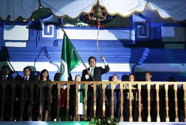 Miles de sanandreseños victorean a héroes de independencia