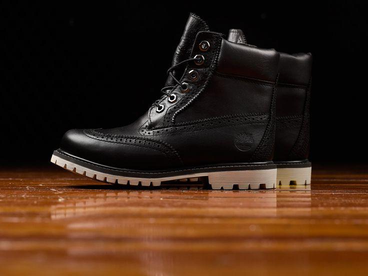 Women's Timberland 6 Inch Premium Brogue Boots [TB0A1G75]