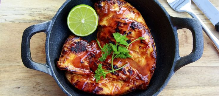 Resep Ayam panggang Jeruk Madu sungguh sangat nikmat apabila disajikan dengan sambal dan sayur bening, yuk intip resepnya di cookingpad indonesia!