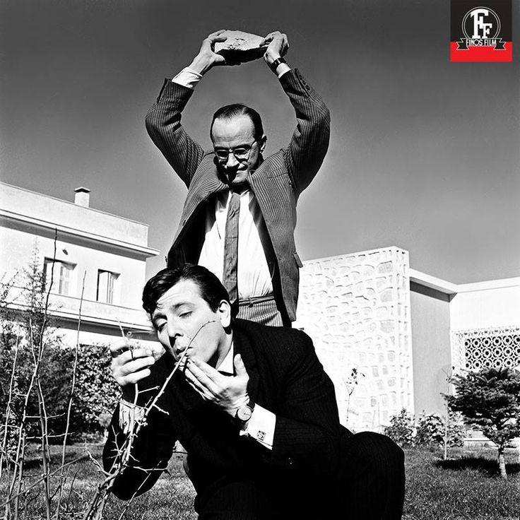 25 Φεβρουαρίου 1963 – Πρεμιέρα για την κωμωδία του Αλέκου Σακελλάριου «Ο Φίλος μου, ο Λευτεράκης». Μια από τις κλασικές και αγαπημένες ταινίες της Φίνος Φιλμ, με τον Ηλιόπουλο και τον Βουτσά να μας χαρίζουν άφθονες στιγμές γέλιου. Συναρπαστικός σε υποστηρικτικό ρόλο ο Γιώργος Κωνσταντίνου, με υποδειγματική ερμηνεία.