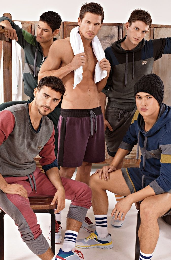 Dolce & Gabbana Autumn/Winter 2012 Men's Gym & Sportswear Collection: Consistently Improving Classic Relaxed Shape, Combining D Designs, Mixing & Matching With Fashion Collection- Fashion forecasting for men's sportswear has become more important than ever before. Combining comfort with appearance, many guys are dressing better than ever when headed to the gym.