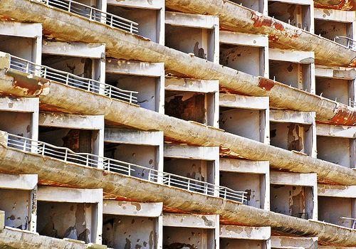 Maraş / Varosha (North Cyprus) - Deserted Hotel by Danielzolli,
