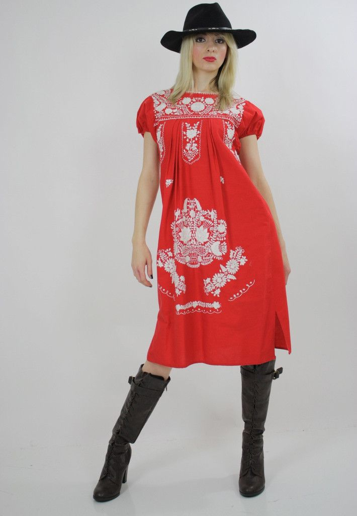 Vtg vintage 70s Floral Embroidered Oxacan Mexican draped Hippie boho dress