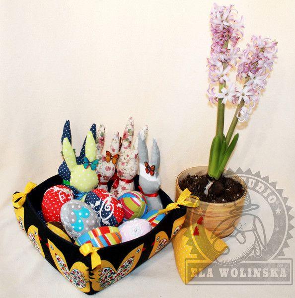 Koszyk+wielkanocny,+jajka,+króliczki+-+komplet+w+Ela+Wolinska+Art+Studio+na+DaWanda.com