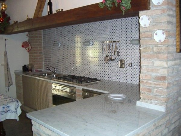 Big kitchen with #masonry #particulars