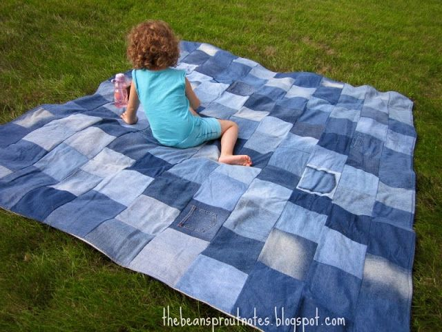 The Bean Sprout Notes: The BEST Picnic, Camping, Couch Cuddling Denim Quilt Ever