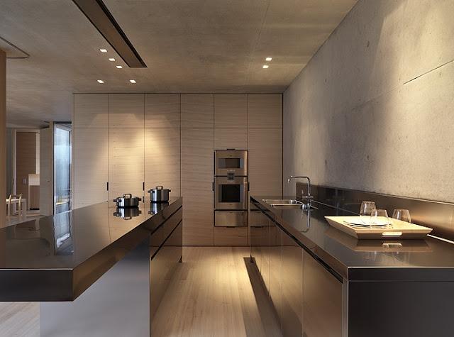 AMASSING DESIGN: GERMANN HOUSE - MARTE.MARTE ARCHITEKTEN: Concrete Architecture, Kitchens Design, Germann Houses, Clean Line, Stainless Steel Kitchens, Architecture Interiors, Cool Kitchens, Lights Colors, Houses Interiors Design