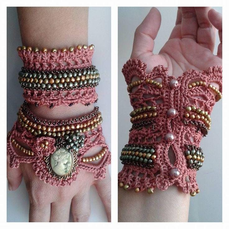crochet jewelry,crochet beaded cuff