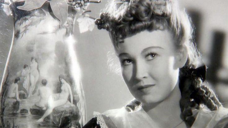 Zorka Janů byla nejen výbornou herečkou, ale i nadanou básnířkou.