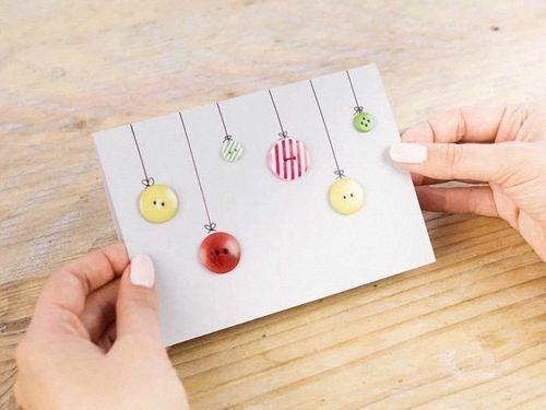 Möchtest Du zu Weihnachten gerne ganz individuelle Karten verschicken oder verschenken? Gülcin von DaWanda zeigt Dir, wie Du diese bezaubernden Karten ganz einfach selber basteln kannst. Deiner Kreativität sind keine Grenzen gesetzt.