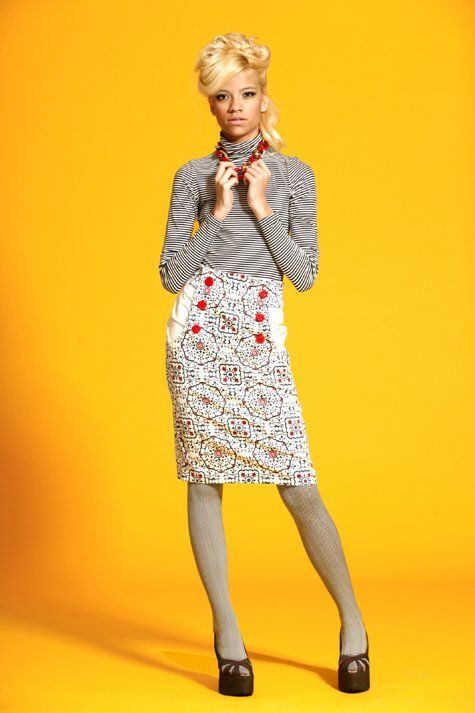 Kasia Skirt Pattern. FREE pattern. This skirt is awesome