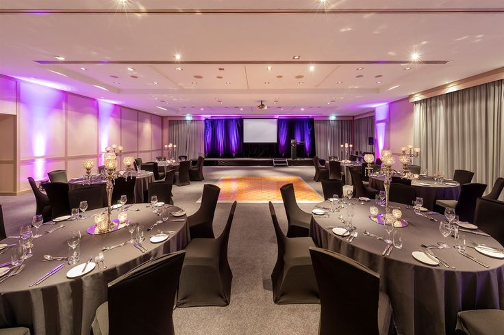 Our exquisite Marmion Ballroom is our largest even space.  At full capacity, this room can seat 200 people for dinner!