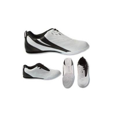 Dessa kampsport skor från Mooto passar som handen i handsken och är tillverkade av hög kvalitet konstläder.