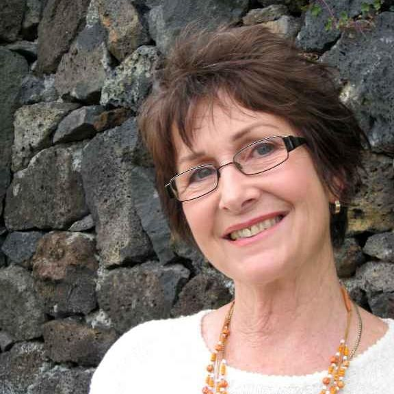New Zealand Author Susan Tarr