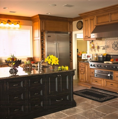 Great kitchen. Love the wine slots and the tile backsplash.Wine Racks, Dreams Kitchens, Cabinets Colors, Cabinet Colors, Traditional Kitchens, Black Cabinets, Kitchens Ideas, Wine Bottles, Black Islands