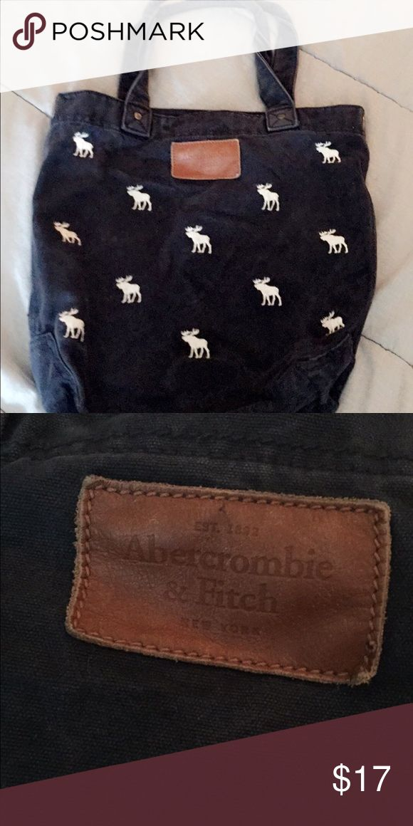 Abercrombie and Fitch tote bag Used it for like half of year of school like 3 years ago but it still looks and feels very new Abercrombie & Fitch Bags Totes