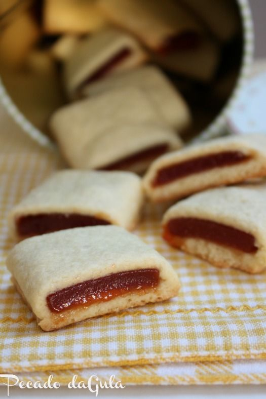 receita de biscoito goiabinha, receita de biscoito tipo maxi bauducco, receita tipo goiabinha piraque, receita de biscoito com foto, receita culinaria de biscoito, o que fazer com goiabada, como fazer biscoito