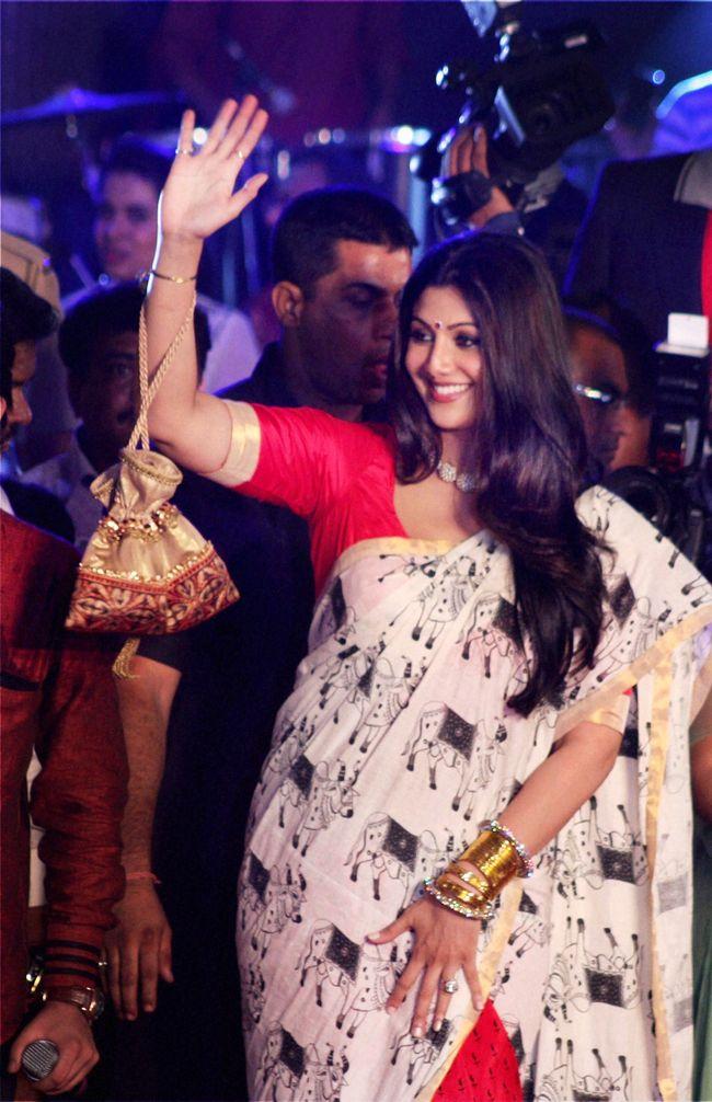 Shilpa Shetty #Bollywood #Fashion