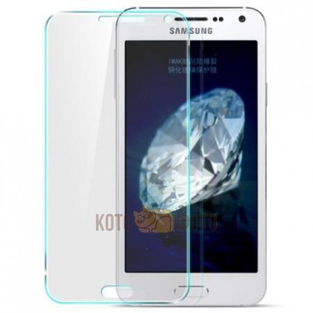 Защитный экран для телефона Samsung Galaxy E5 tempered glass  — 390 руб. —  Защитный экран для телефона Samsung Galaxy E5 из ультратонкого закаленного стекла на силиконовой основе, максимально защищает экран телефона от повреждений и царапин, при падении телефона, принимает весь удар на себя, 100% чувствительности сенсора, технология против отпечатков пальцев и жира, без проблем установливается на телефон, прозрачность 99%, толщина  0,3мм.