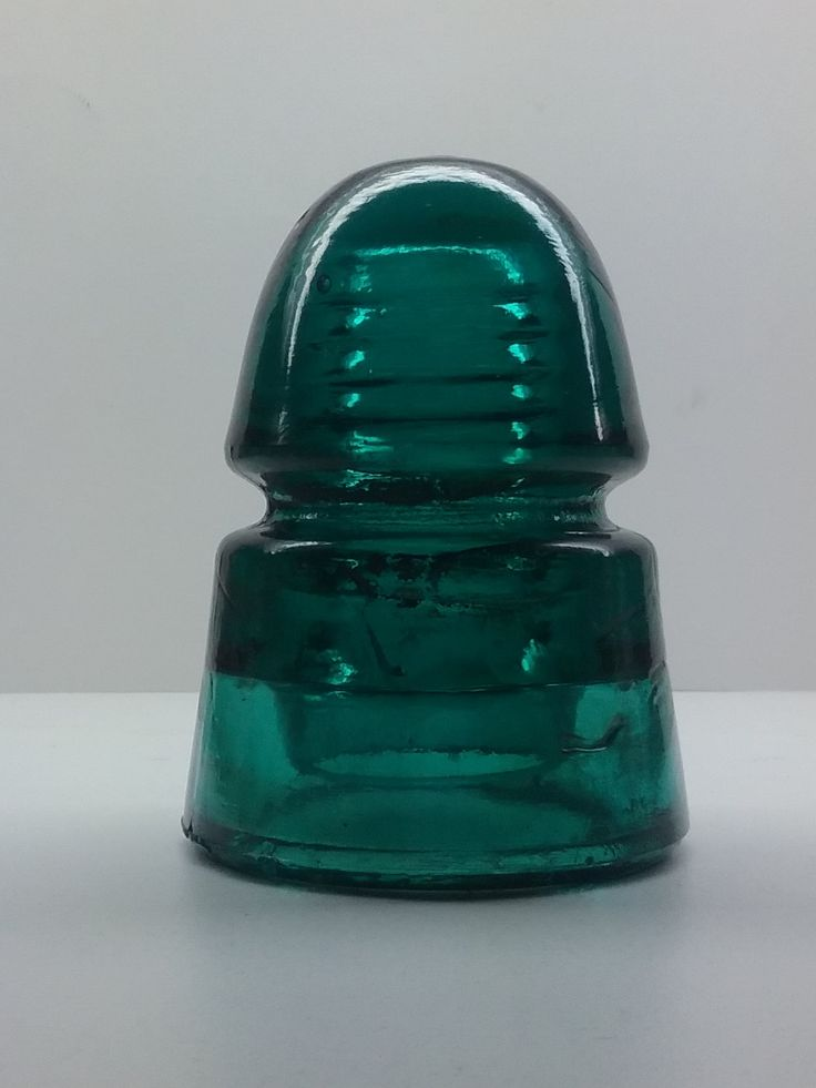 21 best images about h g co bee hive railroad insulator on for Collectible glass insulators