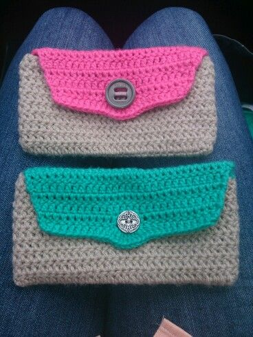 Crochet cellphone bags