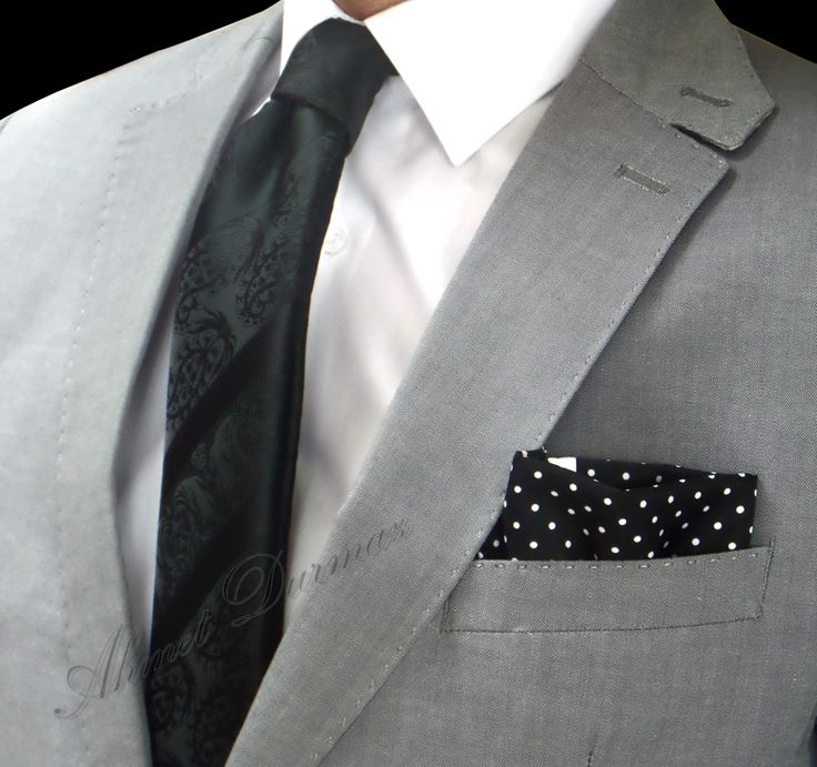 Siyah Kendinden Şal Desenli Kravat 5220 ve Siyah Beyaz Nokta Desenli Mendil M56 kombini... http://www.sadekravat.com/ozel-kravat-mendili-m56 http://www.sadekravat.com/siyah-kendinden-sal-desenli-krava… #kravat #kravatım #kravatlar #kravatmodelleri #2015kravat #erkekaksesuar #erkekmoda #ofis #örgükravat #yünkravat #ketenkravat #incekravat #ipekkravat #slimkravat #kravatmendilkombin #şaldesenlikravat #çizgilikravat #düzkravat…