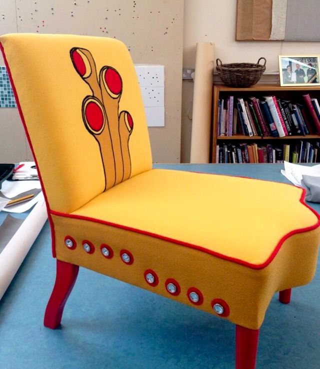 UpholsteryClubYellowSubmarineChair1 OMG I want this so badly!! <3
