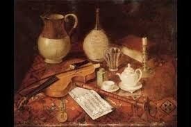 potten en theeservies en een oude viool